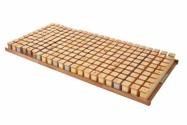 Schlafsystem mit Zirbenholztellern